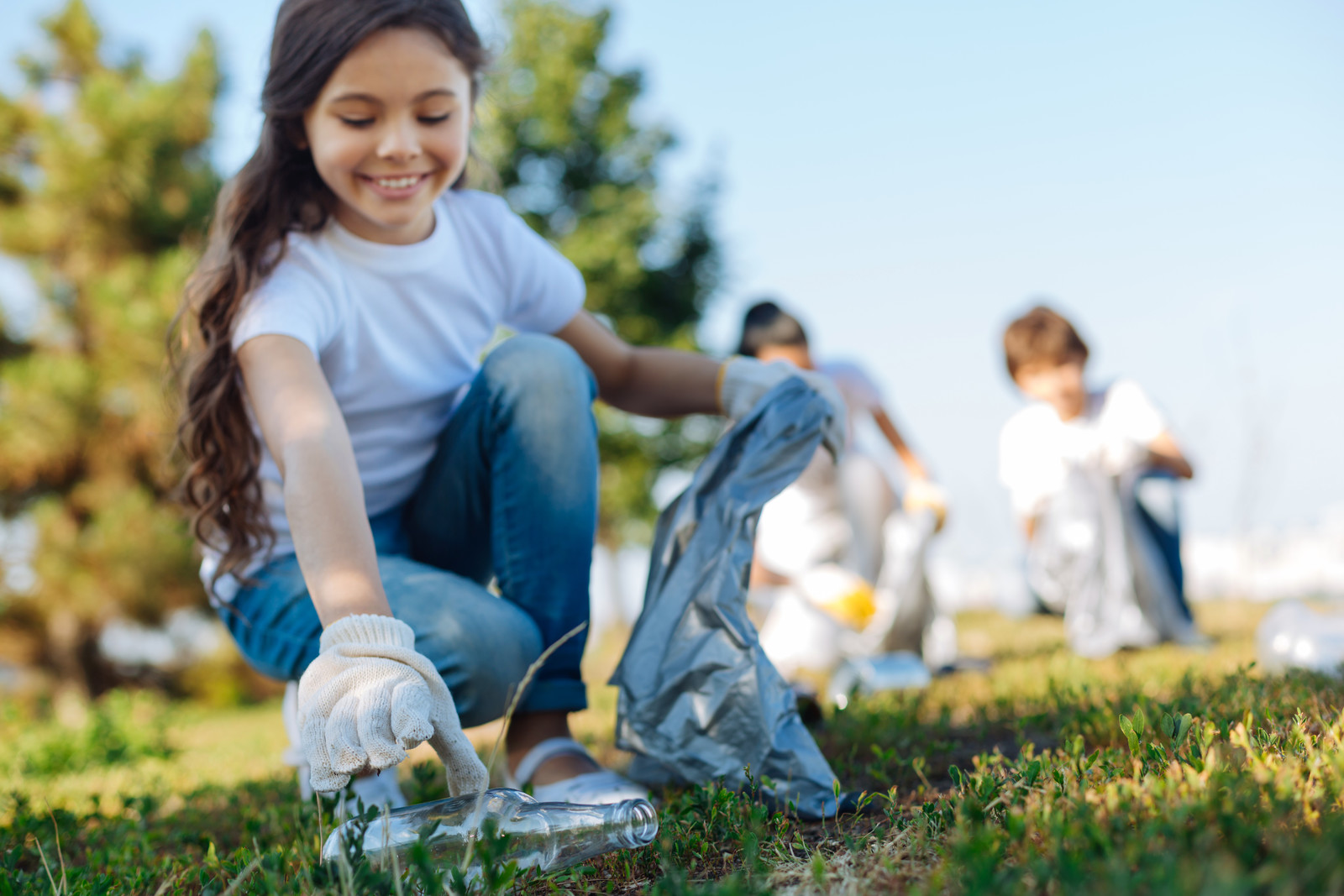 Three Ways Kids Can Learn to Serve